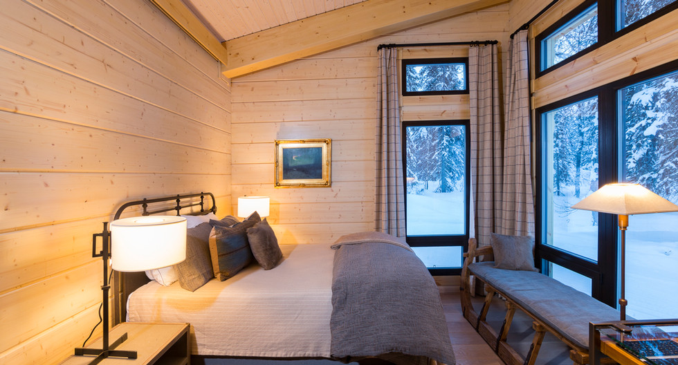 Tordrillo Lodge Room