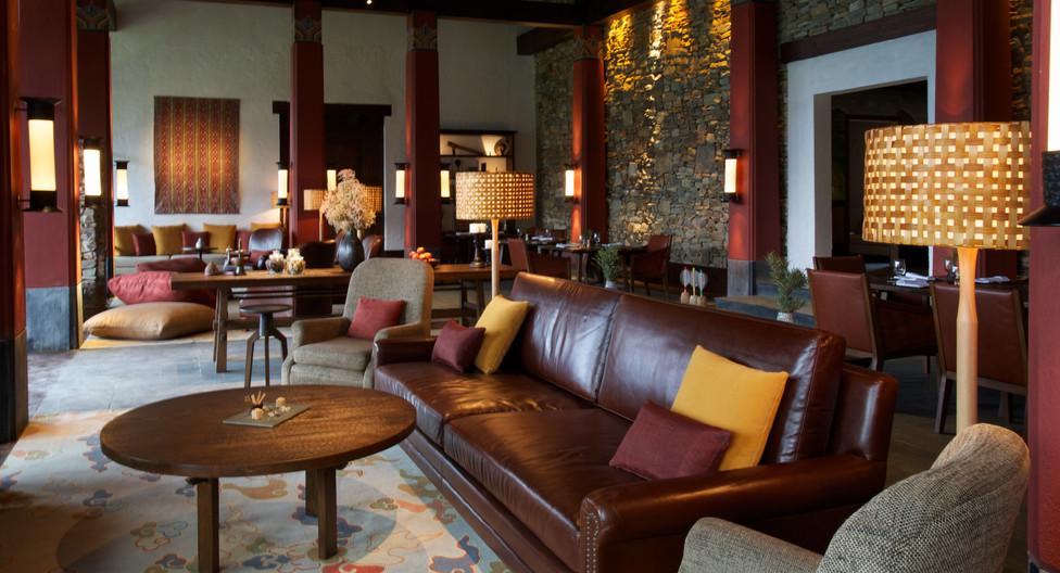 2. gantey lodge lounge 2_chris caldicott