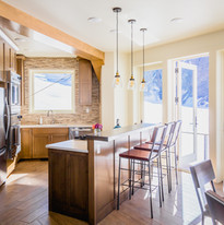 SheldonChalet_Alaska_Luxury_Kitchen_Cred