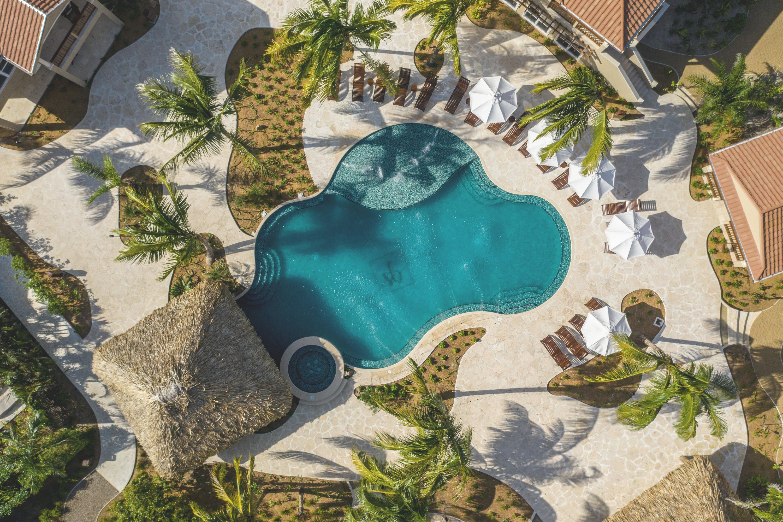 Sirenian Bay, Belize | REYA Communications
