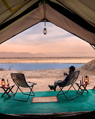 &beyond_zambezi expeditions_tent_go2africa.jpg