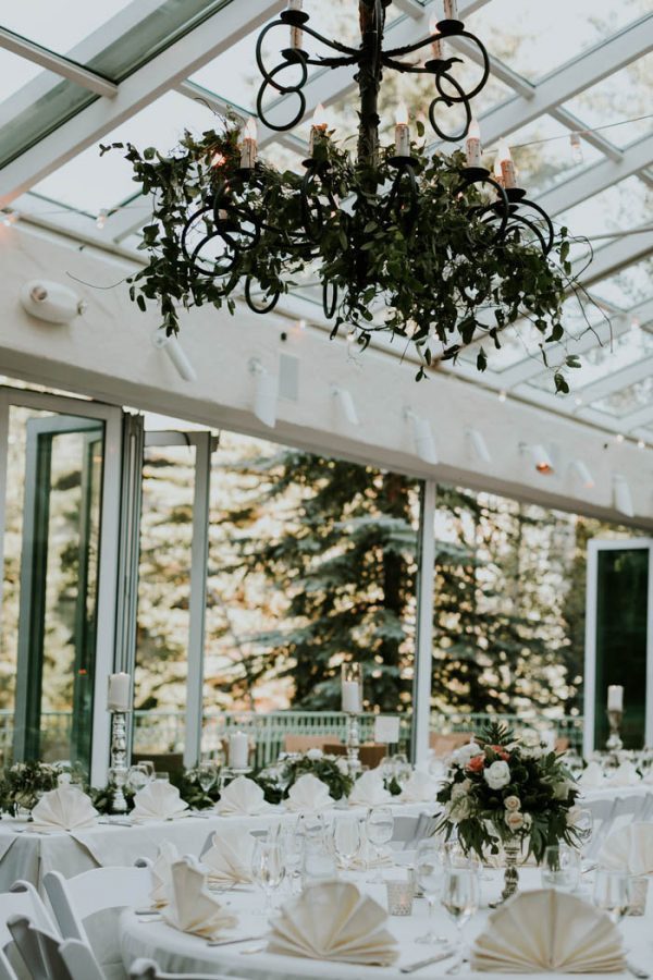 Stylish-Vail-Colorado-Wedding-at-The-Son