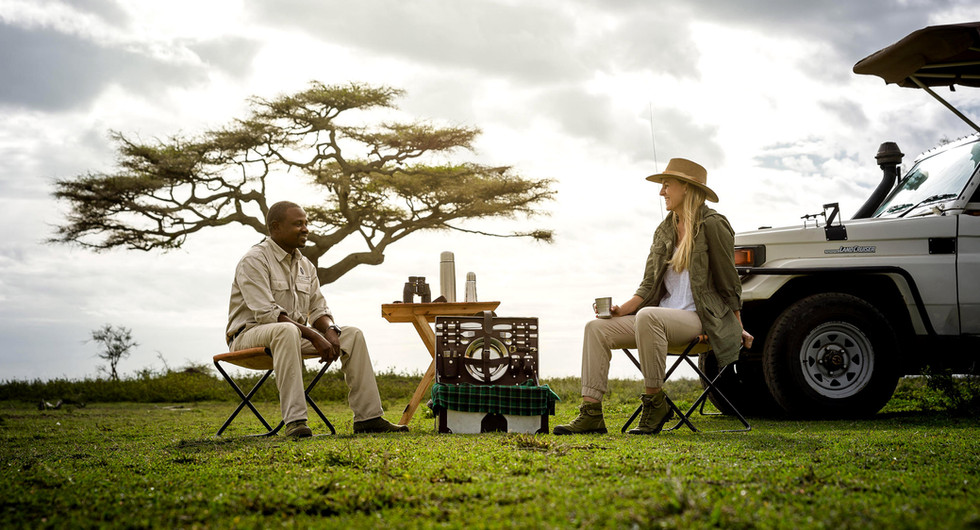sanctuary retreats_kichakani serengeti camp_game drive_go2africa.jpg