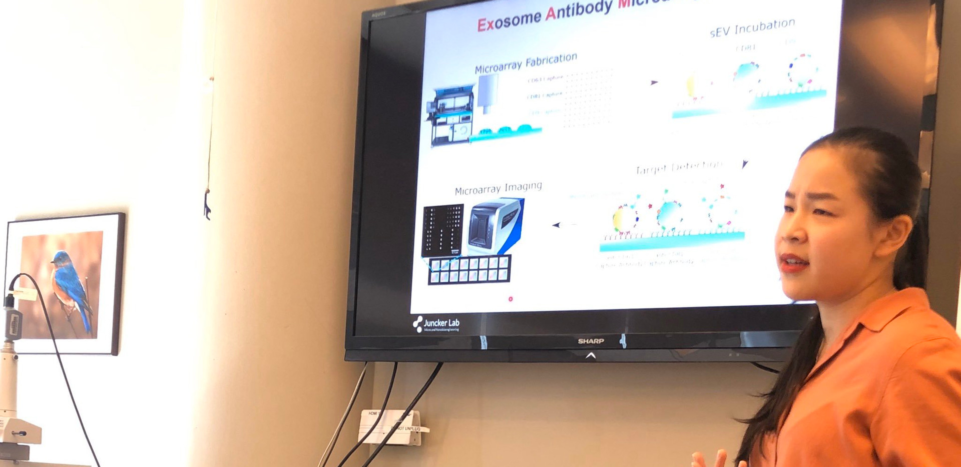 10-23-2019 Molly Shen presenting in the lab on antibody arrays for #EV profiling