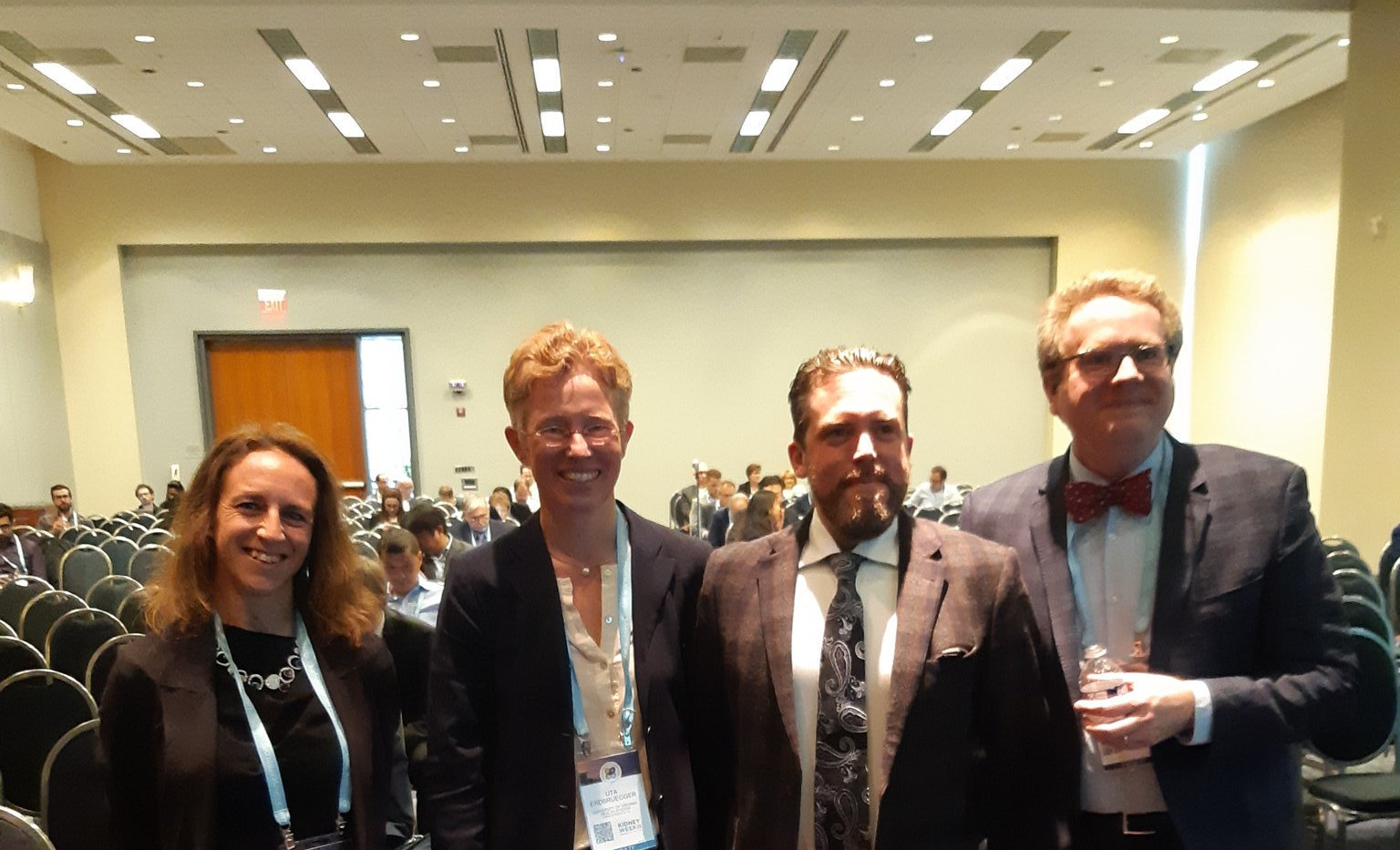 Dr Witwer had a talk at ASN Kidney week for the EVs session beside Christina Grange, Uta Erdbruegger and J. Brian Byrd