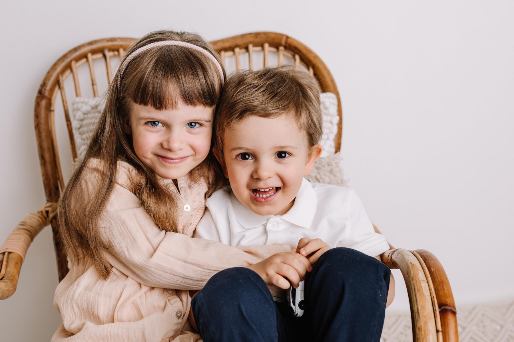 Perhekuvaus lapsikuvaus sisaruskuvaus lahti