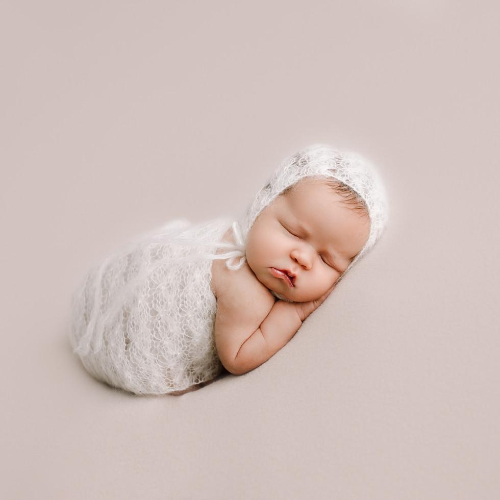 Vastasyntyneen kuvaus vauva lahti helsinki