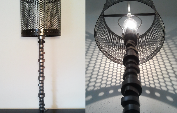 Superior Camshaft Lamp With Shade