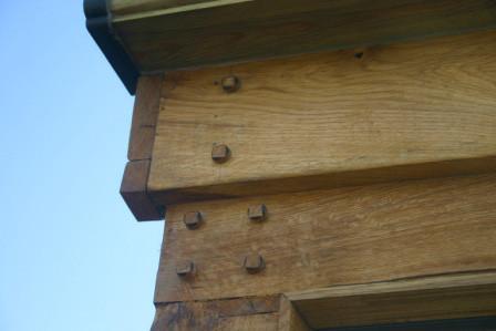 Oak detailing
