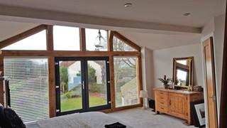 Oak extension inside view