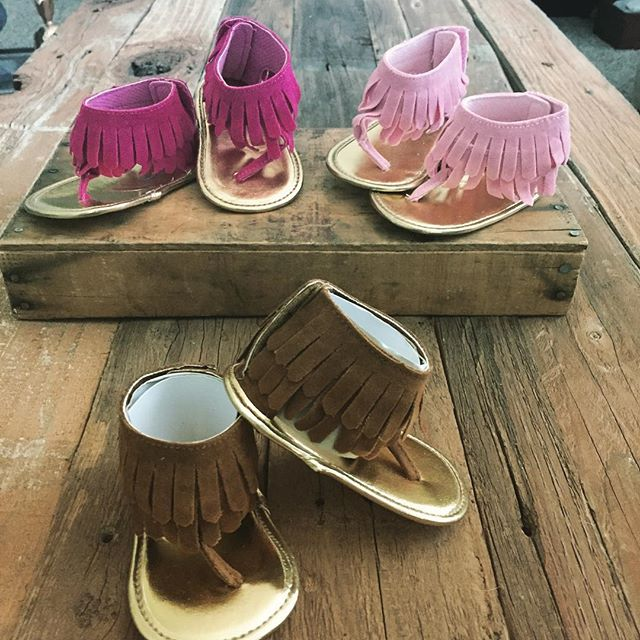 Suede fringed Sandals  the cutest!! Sizes 1-3 in four colors #affairsoftheheart_ag #springtime #baby