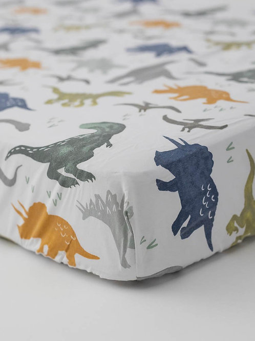 "Percal Crib Sheet ""Dino Friends"""