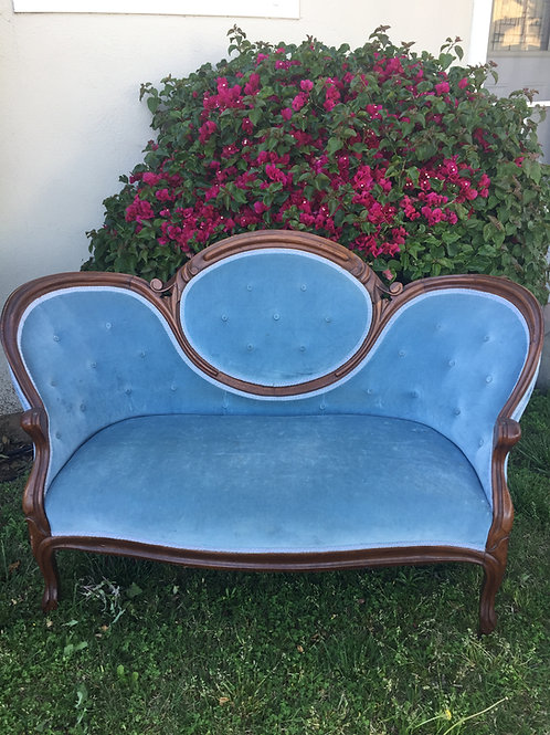 Forget Me Not Loveseat