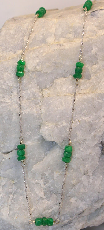 14 KT White Gold Emerald Necklace
