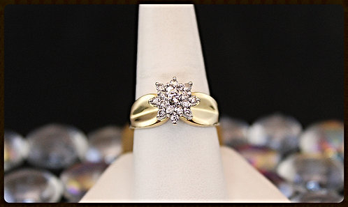 14K  Round Diamond Flower Style Ring