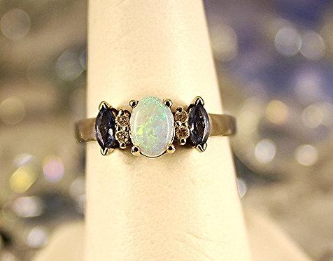 14 KT Gold Ring/Tanzanite & Australian Opal