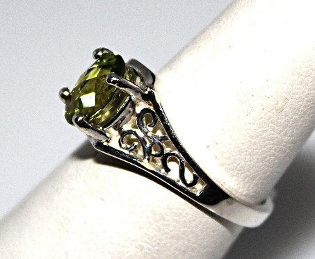 Oval Checker Board Cut Peridot Ring