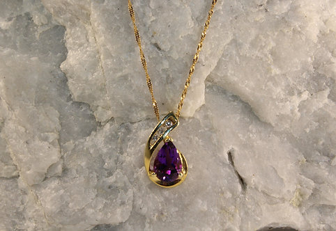14 KT Gold Amethyst Pendant with Diamond Accents