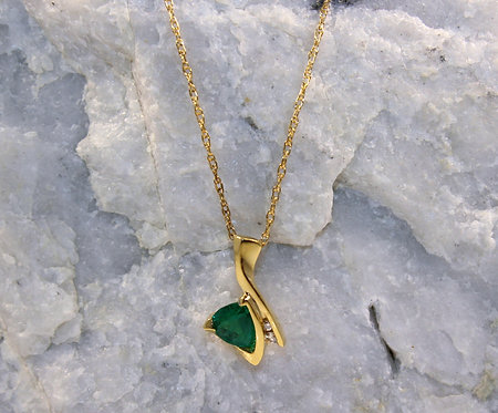 14 KT Gold Emerald Pendant with Diamond Accents