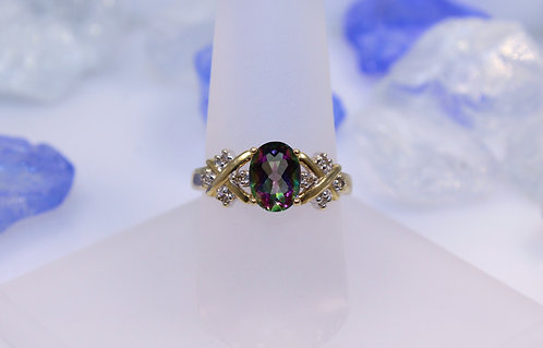 10 KT Gold Mystic Topaz Ring with Diamond Accents