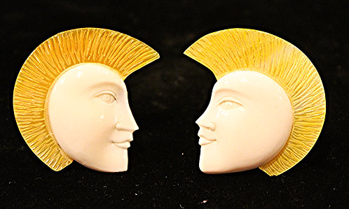 Hand Carved Buffalo Bone Face Shock Top Plugs