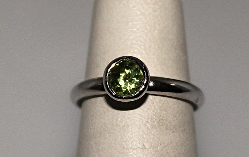 Round Peridot Ring In Silver