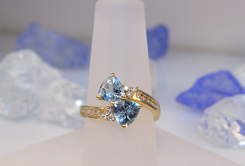 14 KT Gold Aquamarine Ring with Diamond Accents