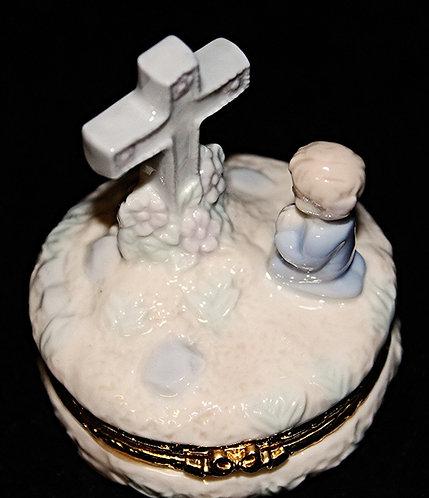 Porcelain Praying Child & Cross Ring Holder