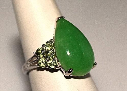 Pear Shape Jade Cabochon With Peridot Ring