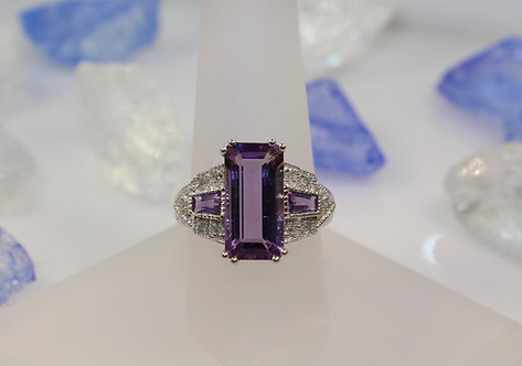 14KT White Gold Amethyst Ring with Diamond Accents