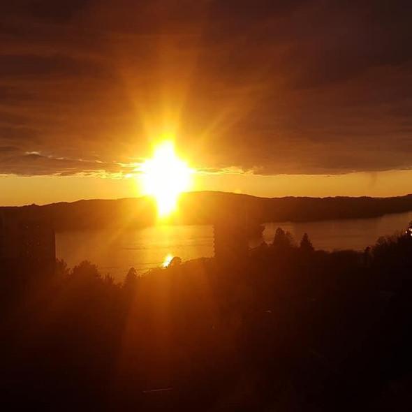 No.1  Magnificent Midnight Sun