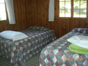 Cabin 10 - bedroom 2.JPG