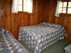 Cabin 8 - bedroom 2.jpg