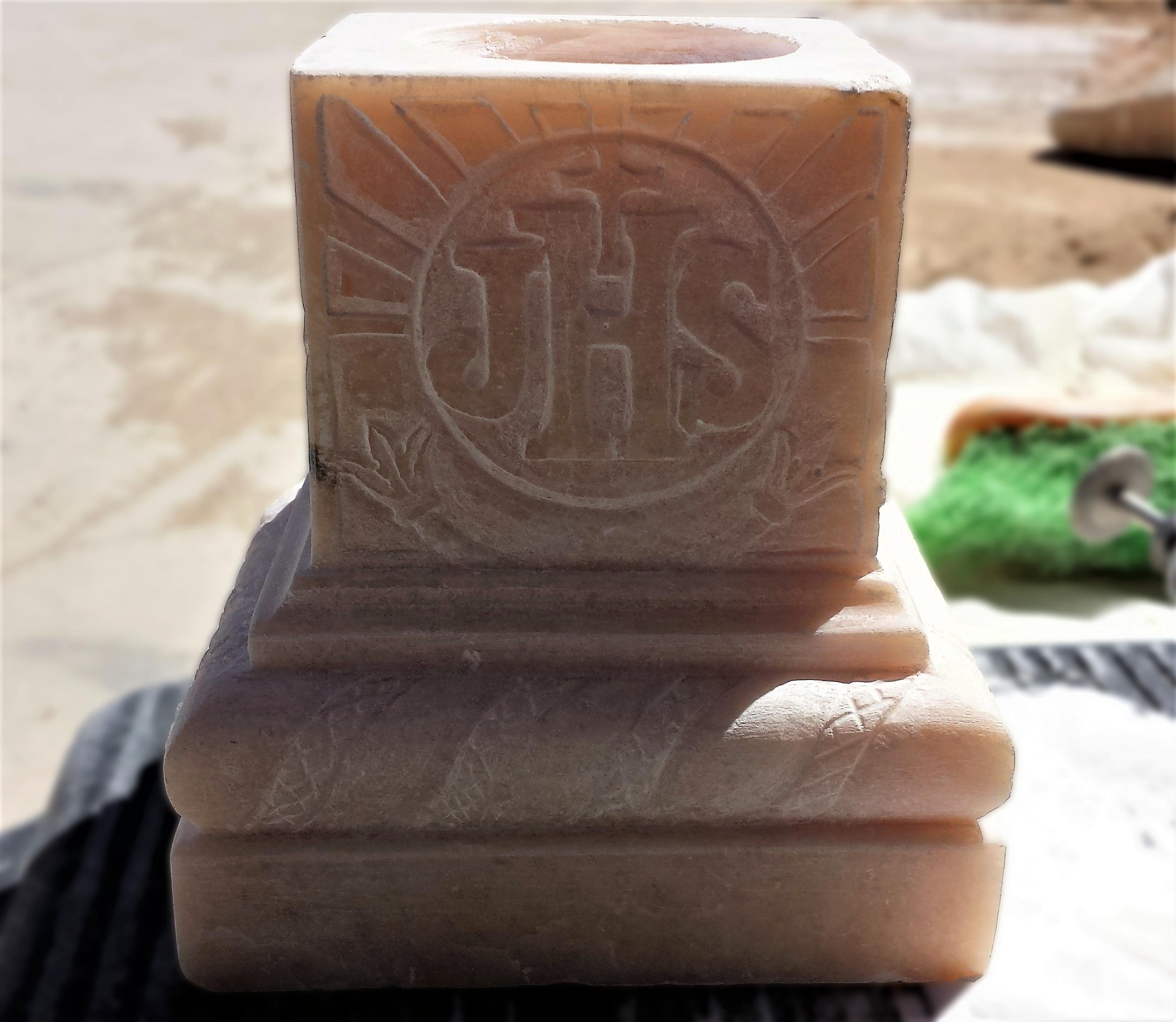 alabastro-talla-piedra-artesania