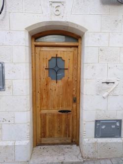 Puerta- Zaragoza-piedra-artesanía-talla-