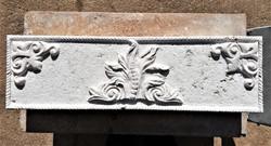 Chimenea flor-piedra-artesanía-talla- pi