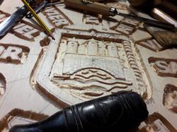 Proceso talla-piedra-artesanía-talla-mad