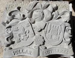 Escudo-piedra-artesanía-caliza franca