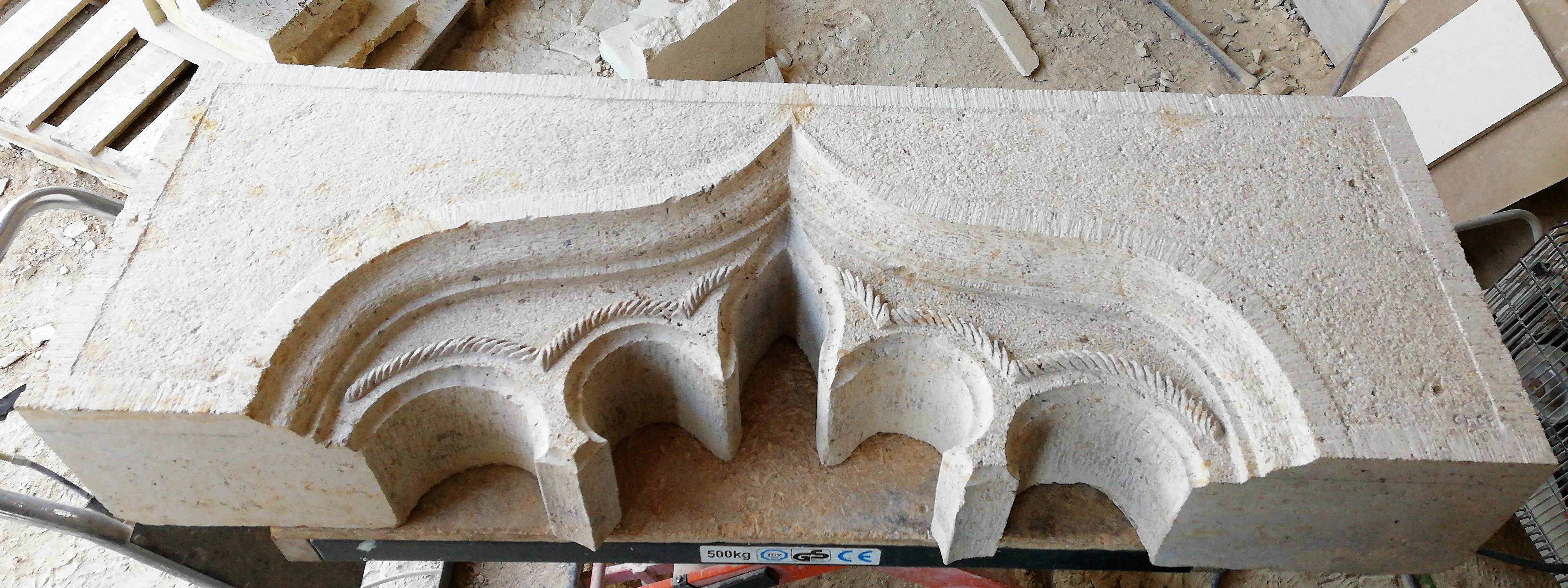 dintel-talla-piedra-artesania- caliza bl