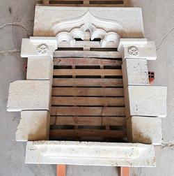 ventana-piedra-artesanía-talla-caliza bl