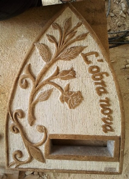 Buzón L´obra nova-piedra-artesanía-talla