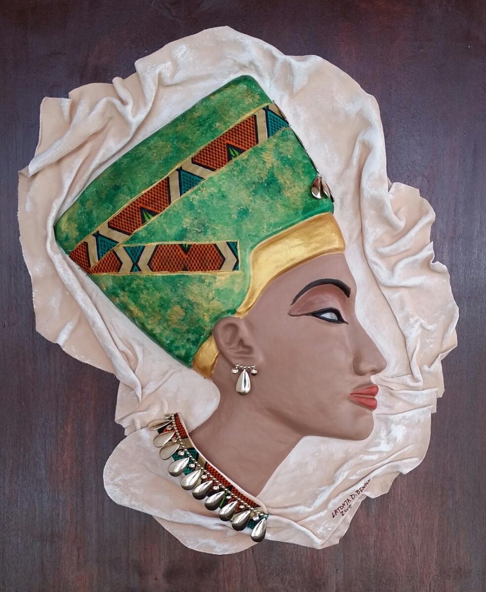 Queen II (color)