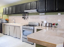 Nice Kitchen to prepare your meals for an amazing catch and cook experience!