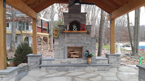Mateer Fireplace 1.jpg