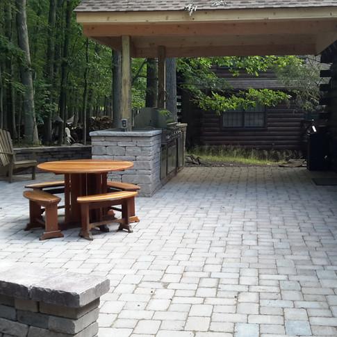 Hilt outdoor kitchen 2.jpg