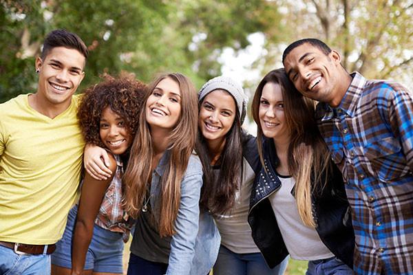 CollegeIceBreakers_Article600x400.jpg