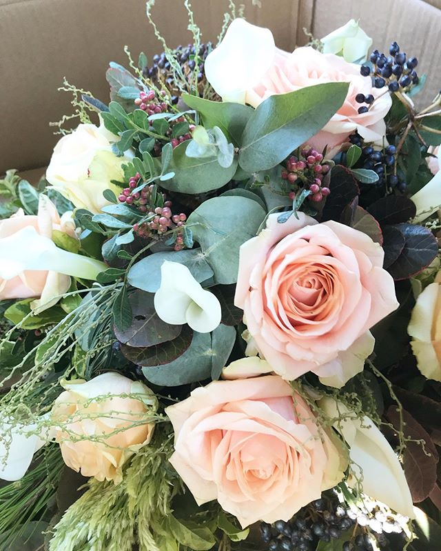AlleycatDesignsUK Event Floristry