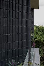 Block Estrias sencillas color negro con