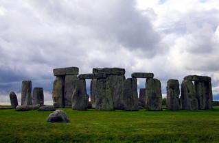 Historia de la arquitectura: Primeros megalitos y tumbas.