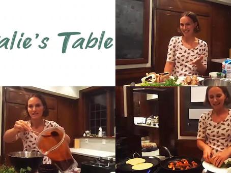 VIDEO: La actriz vegana Natalie Portman cocina tacos al pastor de portobello